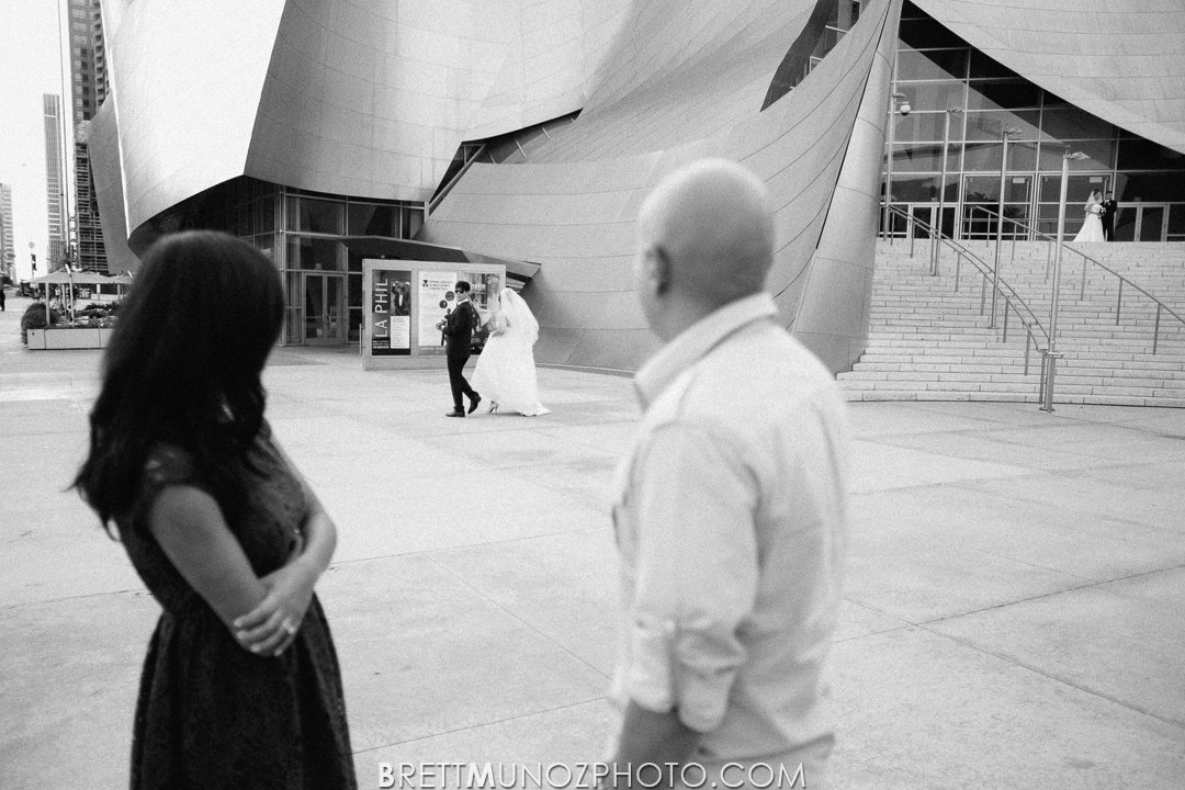 downtown-los-angeles-engagement-disney-hall-001